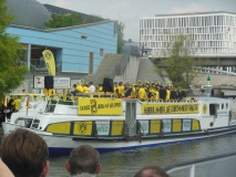 335-Schifffahrt_auf_der_Spree